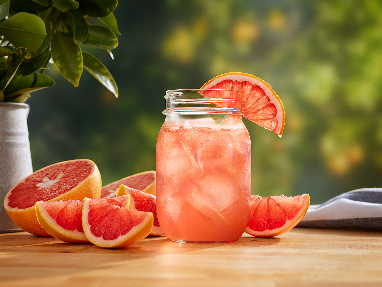 grapefruit_recipe_on_grapefruit_backdrop_023_A_72m_RGB